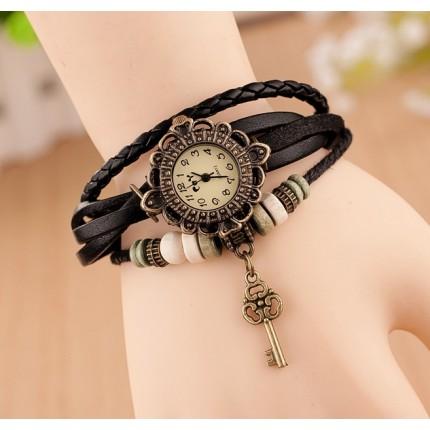 Часы - браслет с подвеской ключик Черные 137-4