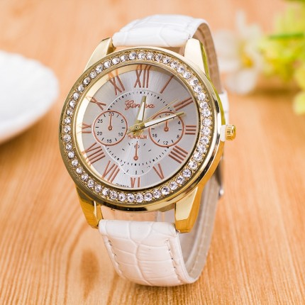 Часы женские GENEVA ЖЕНЕВА со стразами Питон Белые 138-1