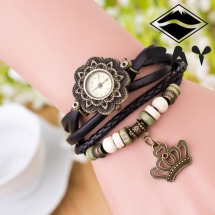 Часы-браслет с подвеской Корона черные