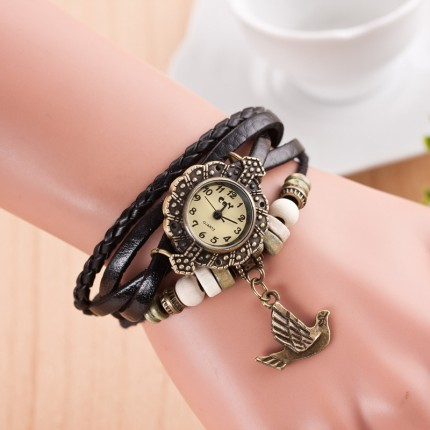 Часы-браслет с подвеской Птица черные
