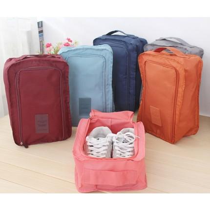 Дорожный органайзер сумка чехол для обуви, в зал или на пляж. Бордовый