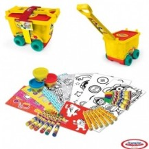 Набор для творчества PLAY-DOH - АРТ-ТЕЛЕЖКА (восковые карандаши, маркеры, масса для лепки, аксес.) от Play-Doh - под заказ