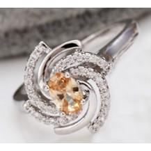 Кольцо Брызги Шампанского белая позолота с цирконами разм 17 GF922