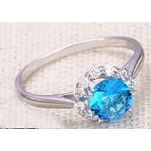 Кольцо с голубым цирконом белая позолота GF942 разм 17