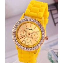 Часы женские GENEVA ЖЕНЕВА со стразами Желтые
