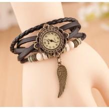 Часы-браслет с подвеской Крыло черные