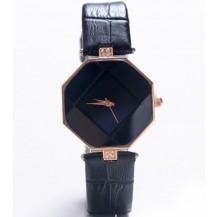 Часы с геометрическим циферблатом черные 072-3