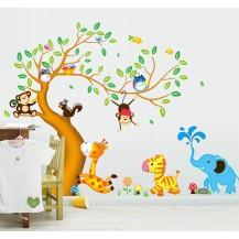 Интерьерная наклейка на стену Детская - Зверята AY242AB