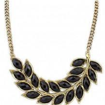 Ожерелье лепестки черные tb1192