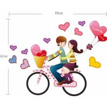 Интерьерная наклейка на стену Пара на велосипеде (mAY709)